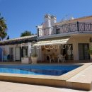 Property of the week – CARVOEIRO-PRESA DE MOURA: 3-bed villa with pool and panoramic ocean views