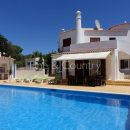 Property of the week: CARVOEIRO – Spacious 4-bed-villa with pool and ocean views