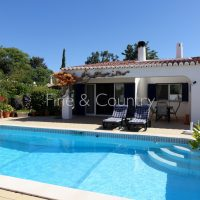 Property of the week: CARVOEIRO – Immaculate 3-bed linked villa, walking distance to the center