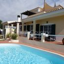 Property of the week: CARVOEIRO – Refurbished 3-bed villa with pool and mountain views
