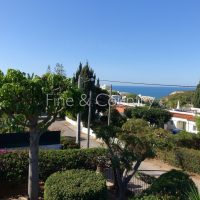 Property of the week: CARVOEIRO -Immaculate 4-bed villa with pool and wonderful ocean views