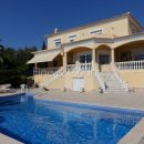Property of the week: CARVOEIRO – 4-bed villa with pool in quiet residential area