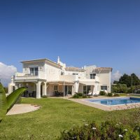 Property of the week: CARVOEIRO – Immaculate 4-bed villa with pool and sea views