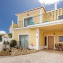 Property of the week: ALVOR – Immaculate 4-bed semi-detached villa walking-distance to the beach