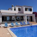 Property of the week: CARVOEIRO – Traditional 3-bed villa with heated pool and sea views