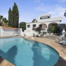 Property of the week: CARVOEIRO – Charming 3-bed villa with pool, walking-distance to the centre