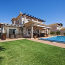 Property of the week: CARVOEIRO-GRAMACHO – Immaculate 3-bedroom villa with pool